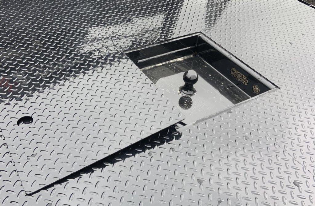 Crownline Flat Beds | Fab WorX